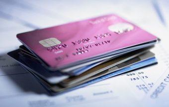 Кредитные и дебетовые карты Сбербанка: виды и стоимость
