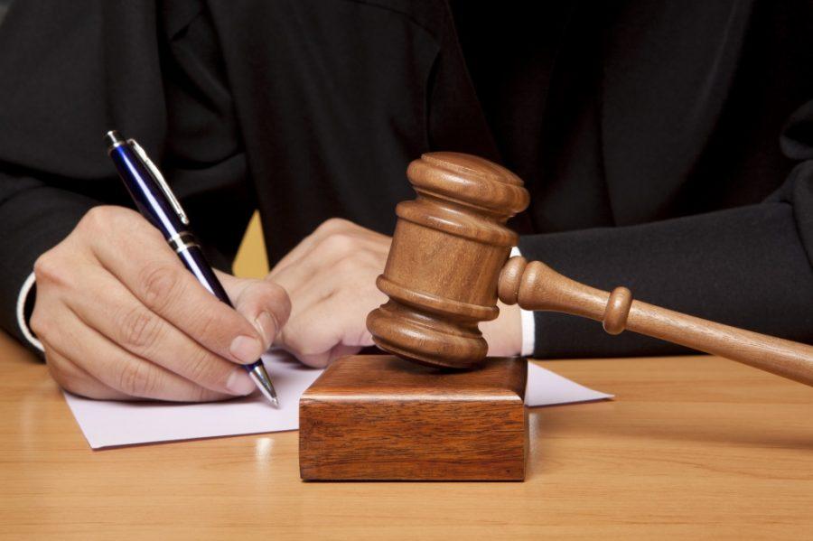Обращение в суд из-за повышения процентных ставок