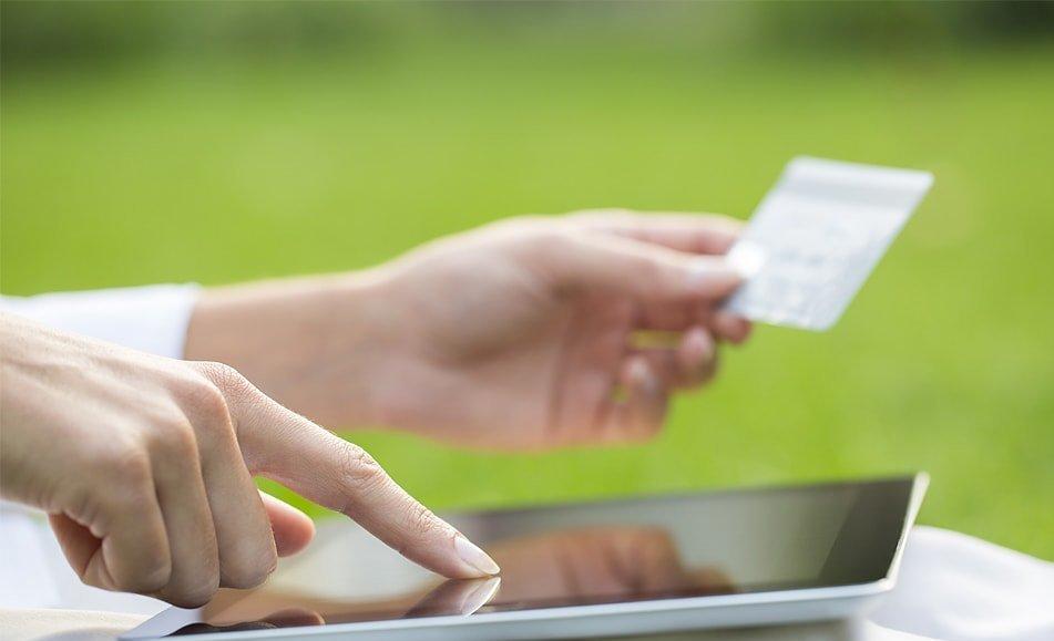 Оплатить страховку банковской картой