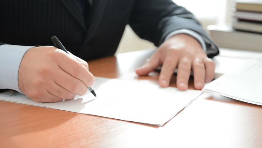 Продажа долга коллекторам до суда пристав списал со счетов лишние деньги