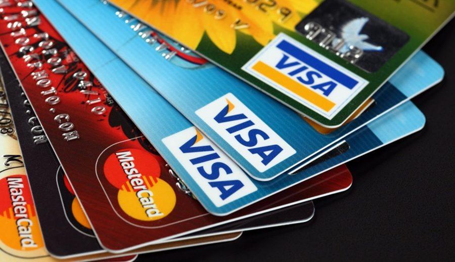 Кредитные карты принимают многие магазины