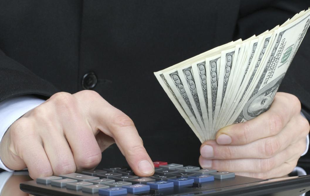 Долг взыскивается банком